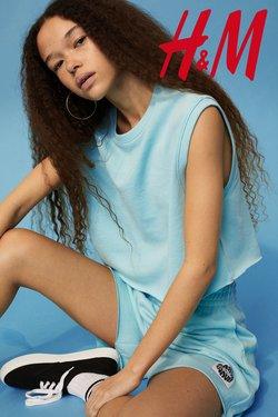 Aanbiedingen van Kleding, Schoenen & Accessoires in the H&M folder ( Meer dan een maand)