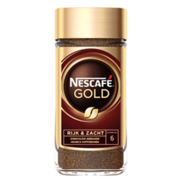 Aanbieding van Nescafé oploskoffie Gold voor 6,49€