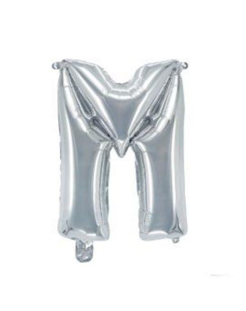 Aanbieding van Letterballon zilver 38 cm - M voor 1,99€